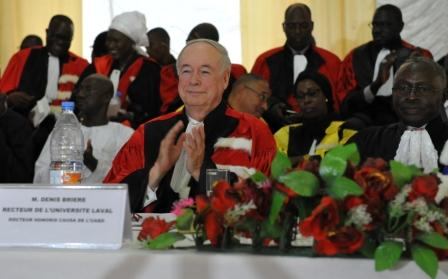 Ce monde qui change…un recteur du Canada reçoit un doctorat honorifique d'une université africaine!