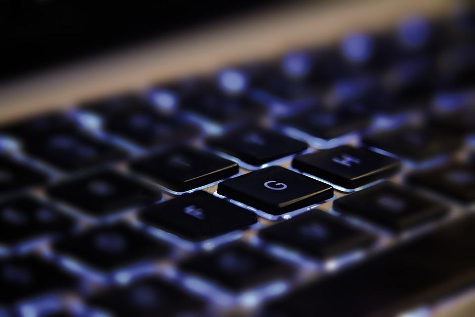 Vers une économie mondiale novatrice: 1er Stratégie canadienne de développement des talents numériques